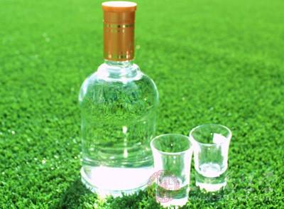 酒精度又叫酒度,反映了酒中乙醇(酒精)的含量