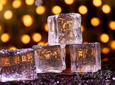 冰块治蛀牙牙疼