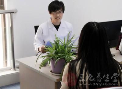 为了及时发现病因,应尽早到专业的肛肠病医院做检查,确诊病情,对症治疗