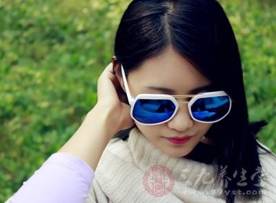 很多人特别是男性朋友都不懂得防晒的重要性