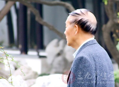 中国享有健康管理服务的老人不足0.1%