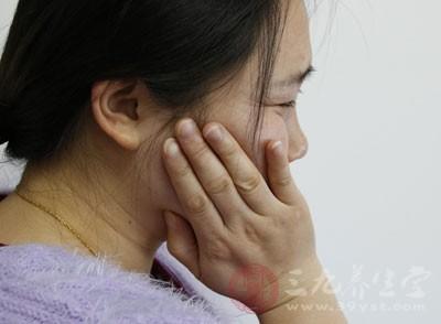 长智齿牙疼怎么办 六招助你缓解智齿牙疼