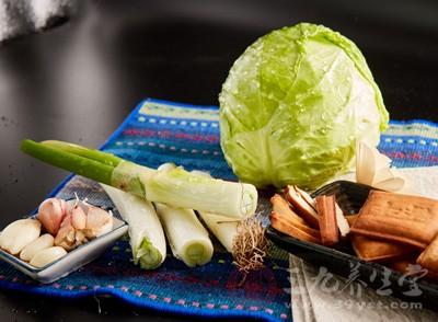"""上海""""上膳源""""有机蔬菜曝掺假"""