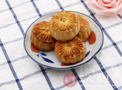 民福康获悉:水果馅月饼是用冬瓜调味出来的