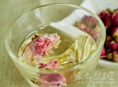 玫瑰花茶的功效与禁忌 玫瑰花茶要这样泡