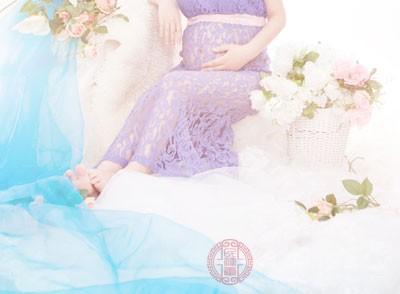 左边床右边床被删-觉的姿势 孕妇左侧卧睡觉最好图片