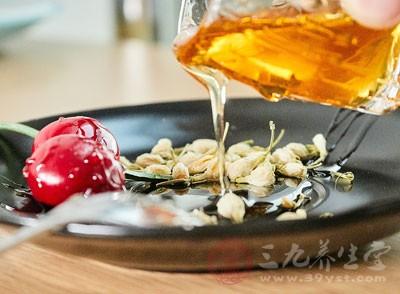 蜂蜜的功效与作用 女性吃蜂蜜的六大好处