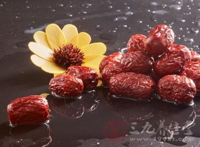 红枣不仅滋养肤色,还可以养肝