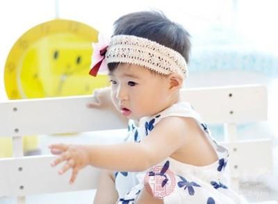 宝宝发烧怎么办 7种方法缓解宝宝发烧(2)