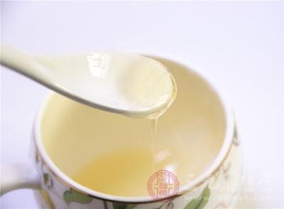 吃蜂蜜有什么好处 蜂蜜不能和什么一起吃