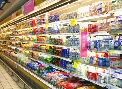 冰柜冷柜存放各种冷藏和冷冻饮料食品