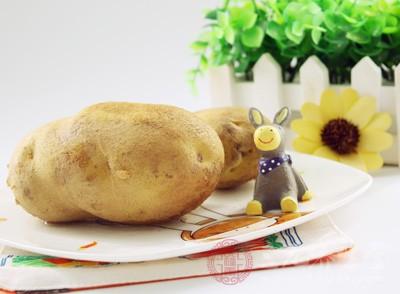 中医认为马铃薯是调中和胃、健脾益气的绝佳食材