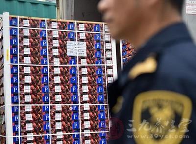 上海查获百万假冒进口水果品牌商标