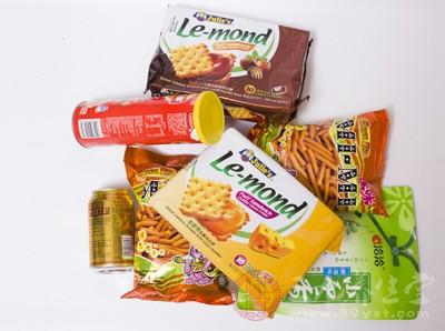 高胆固醇的饮品或零食