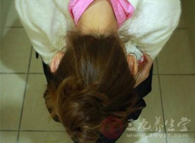 为什么女性更易患上肛裂 都有哪些症状