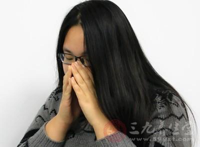 患有过敏性鼻炎的患者应在日常生活中做好护理措施