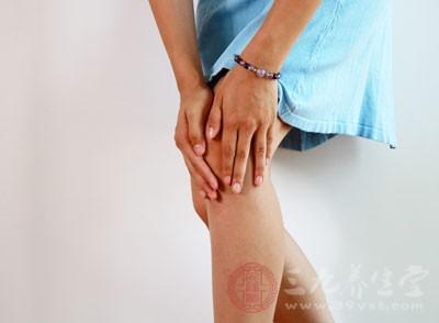 风湿性关节炎的症状 日常生活应如何预防