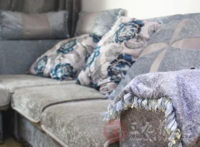 如何摆放沙发 可以让客厅看起来大上1倍