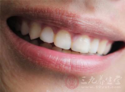 此外,长期夜磨牙还可能会引发一系列的并发症