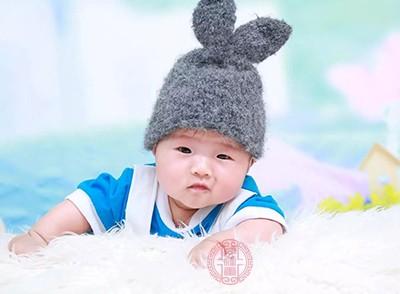 新生儿体温多少算正常 新生儿体温偏低怎么办