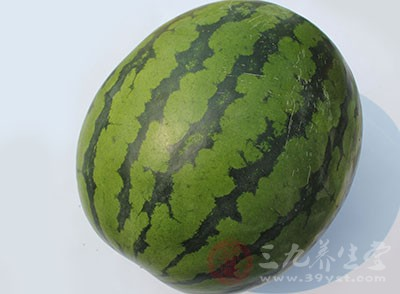 坐月子能吃西瓜吗 坐月子吃西瓜要注意这几点