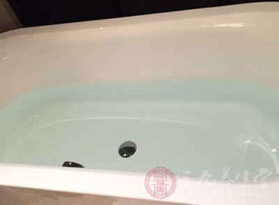 很多人喜欢在拔罐之后立即洗澡,认为这样更加的神清气爽