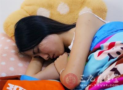 。出现了失眠的状态不用过分的担心,越是想要强行入睡,越是会睡不着