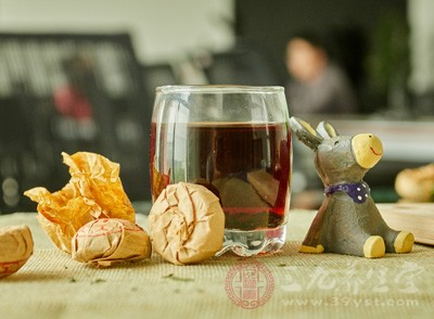 喝红茶对皮肤有影响吗图片