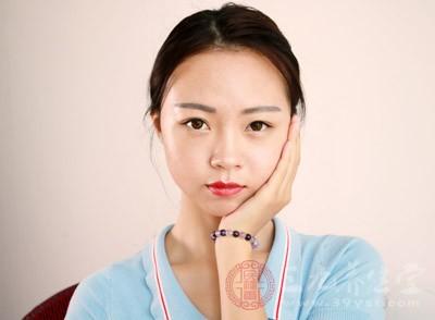 脸部能够反映出我们的身体状况,包括心肝脾肺肾,让我们看一看吧