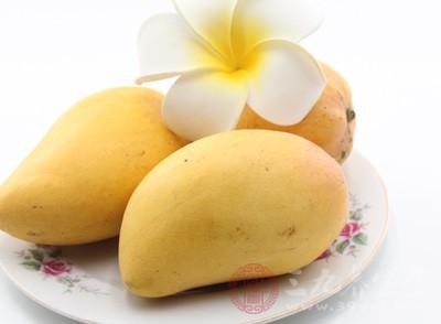来大姨妈可以吃芒果吗 来姨妈这些食物慎吃