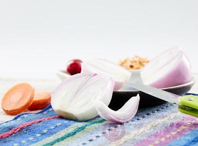 吃洋葱还可以帮助降低胆固醇