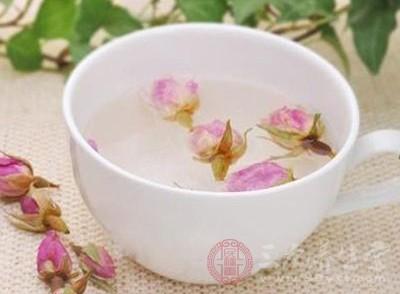 玫瑰花泡水喝的功效 孕妇能喝玫瑰花茶吗