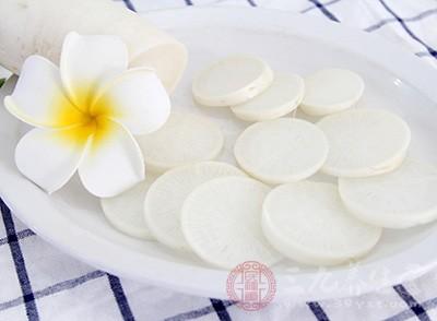 白萝卜冰糖熬水时,不要与党参、黄芪、熟地黄、制何首乌等补药一起食用