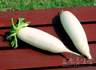 经常吃白萝卜和胡萝卜可有效缓解过敏鼻炎症状