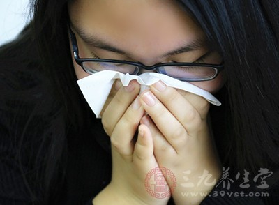 有很多过敏性鼻炎的朋友都是跟自身的过敏性体质和基因有关