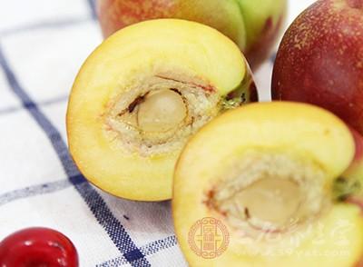 如果患有缺铁性贫血的患者,应该多吃一些桃子