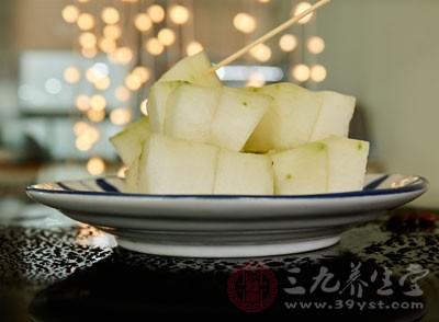 冬瓜中的膳食纤维含量很高