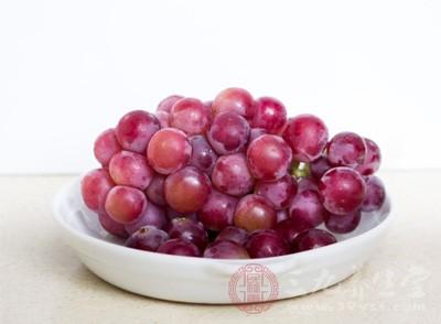 老人贫血吃什么 四种食物有效补血