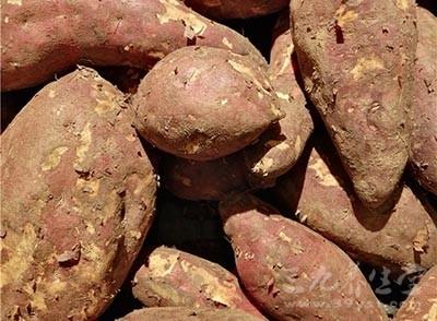 红薯发霉了切掉能吃吗 吃红薯有哪些要注意的