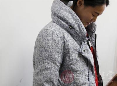 衣料中所含的空气越多,保暖性就越好