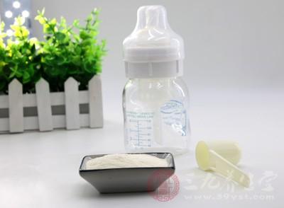 首届婴幼儿奶粉创新发展论坛召开