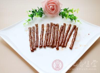 肉制品为吉林省华生交电集团有限公司购物中心销售的标称吉林省好家人食品有限公司生产的板筋王