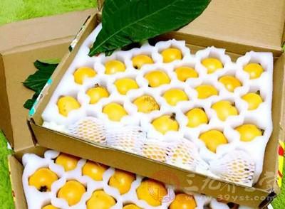 东莞长安口岸首次截获非法出境水果