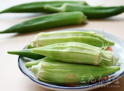 秋葵的黏液中含有水溶性果胶与黏蛋白,能减缓糖分吸收