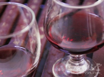 喝红酒的好处 简单酿葡萄酒的方法
