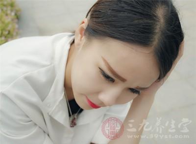 头痛的原因有哪些 长期头痛或是这些疾病所致