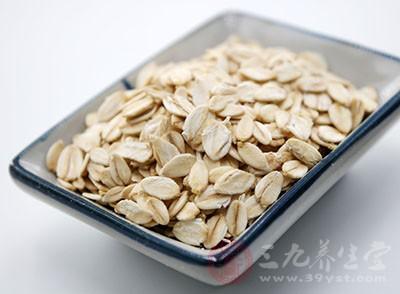吃燕麦片有什么好处 吃燕麦需要注意什么