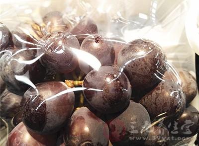 葡萄吃多了会怎么样 吃葡萄有哪些注意事项