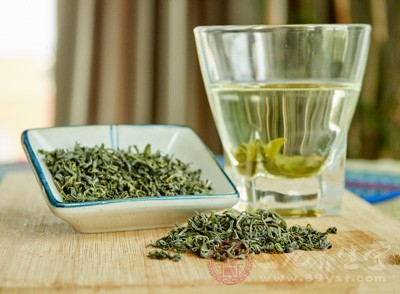 绿茶的副作用有哪些 绿茶喝多伤胃吗
