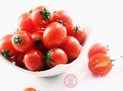 近视眼吃什么水果好 多吃这些有助近视恢复